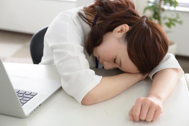 社会人の睡眠時間と勉強時間のつくり方【副業の勉強にも繋がる】